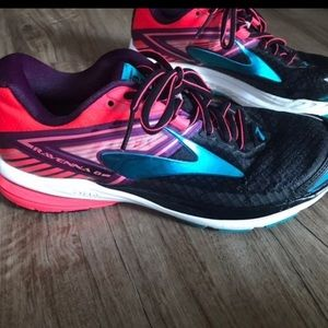 Women's Brooks Ravenna 8 Size 8